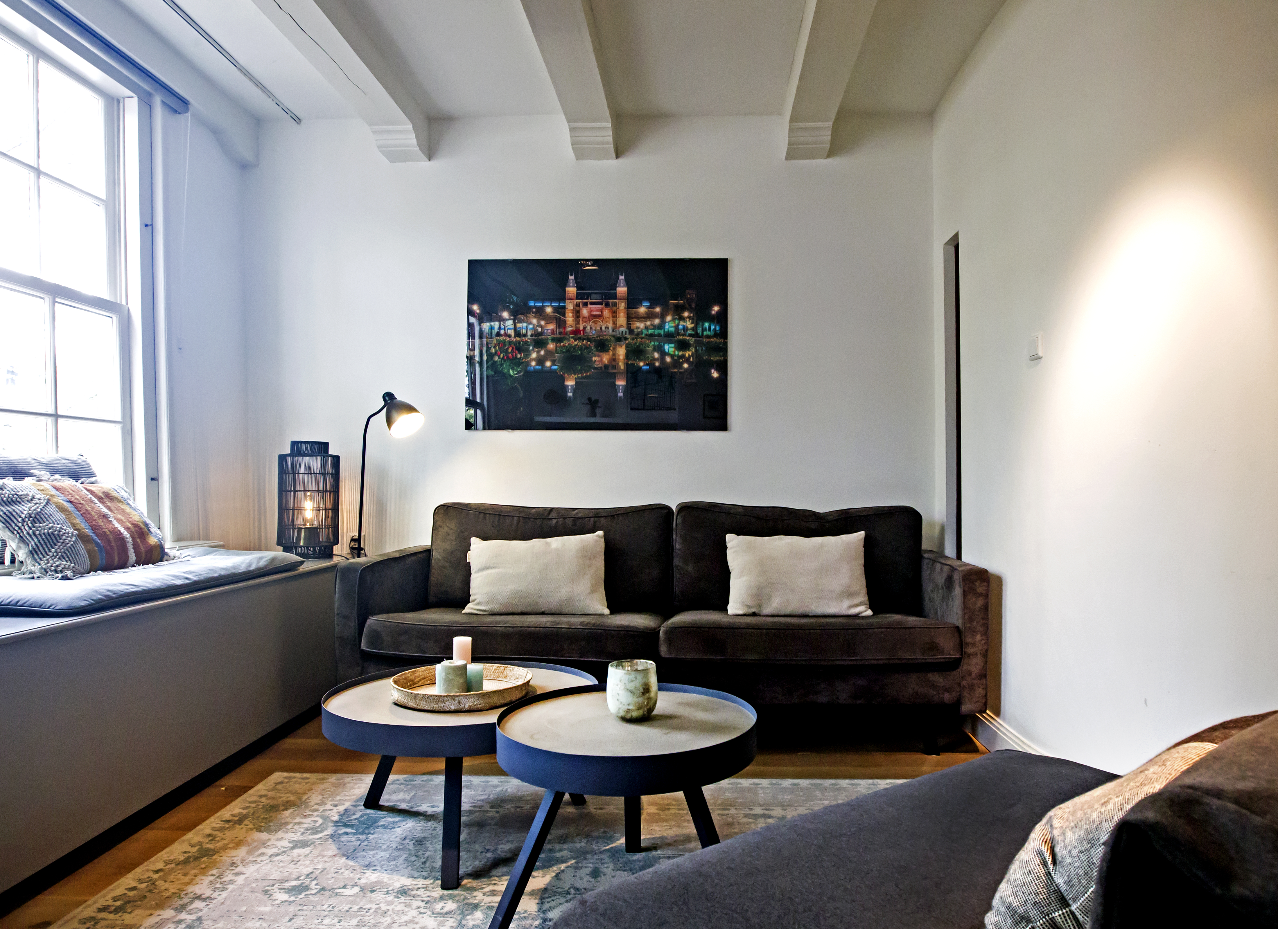 Grand Sonnenberg Canal Apartment - Heart of the Centre